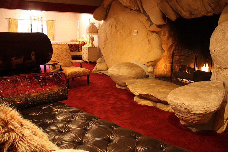 The Madonna Inn A Central California Curiosity That Continues To Delight Best Vacations Journal