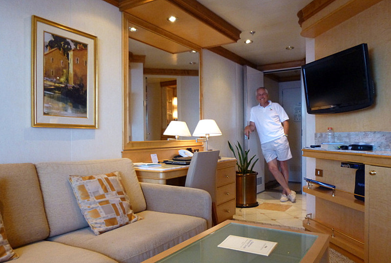 The Best Suites For Two Aboard The Golden Princess Captains And Cruises