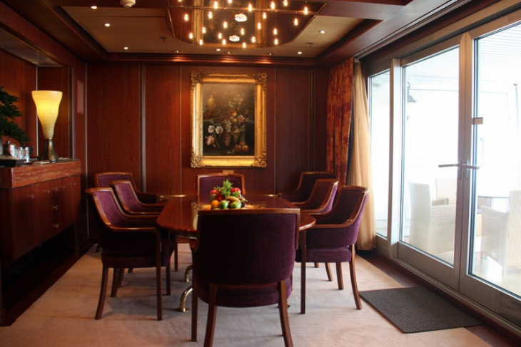 12-Suite Dining Room