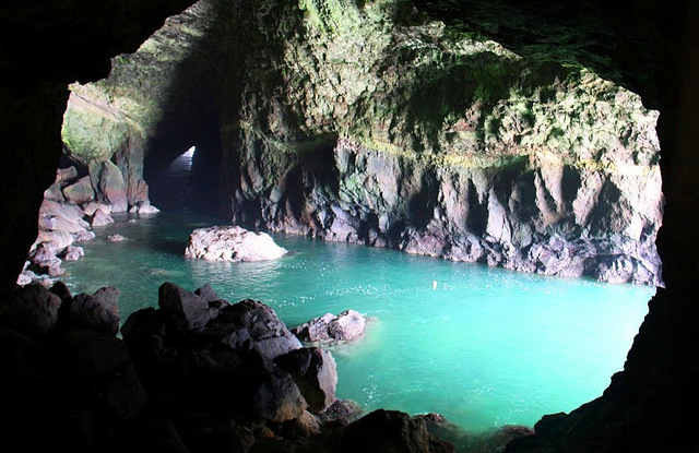 10-empty cave