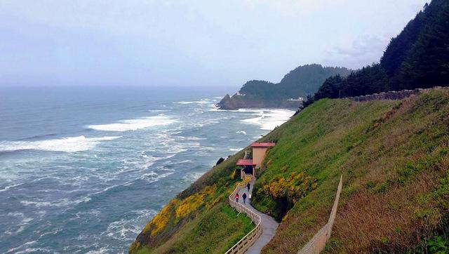 14-walkway